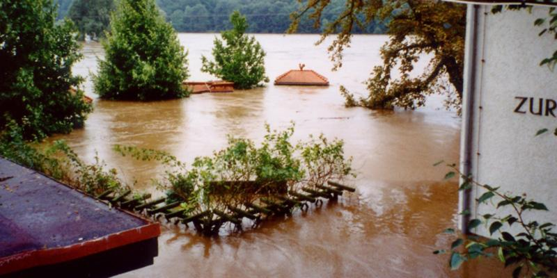 2002 – The flood of the century